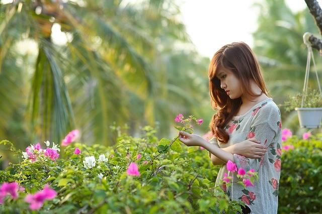 Girl Think Woman - Free photo on Pixabay (457877)