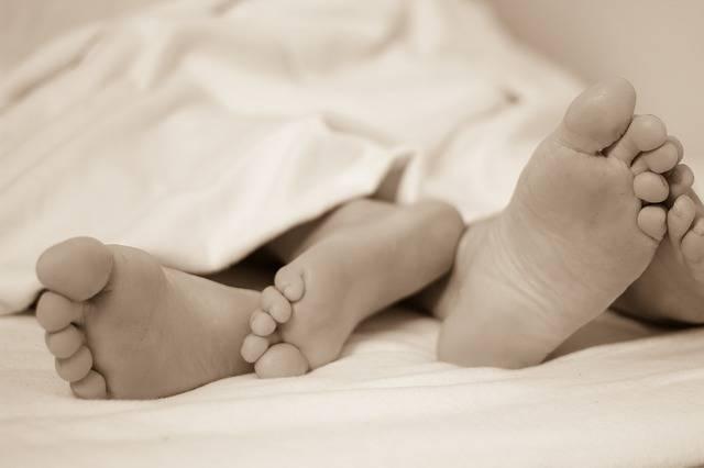 Feet Bed Sleep In - Free photo on Pixabay (463863)