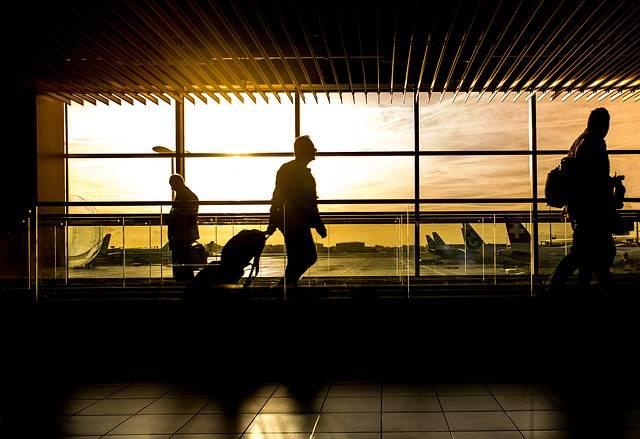 Airport Man Travel - Free photo on Pixabay (540260)