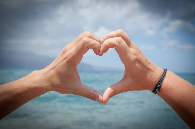 Heart Love Hands Valentine'S - Free photo on Pixabay (548438)