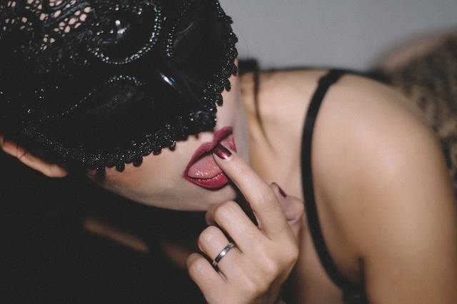 Lick Lips Girl - Free photo on Pixabay (609432)