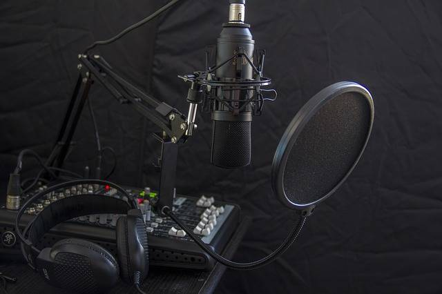 Microphone Headphone Headset - Free photo on Pixabay (611977)