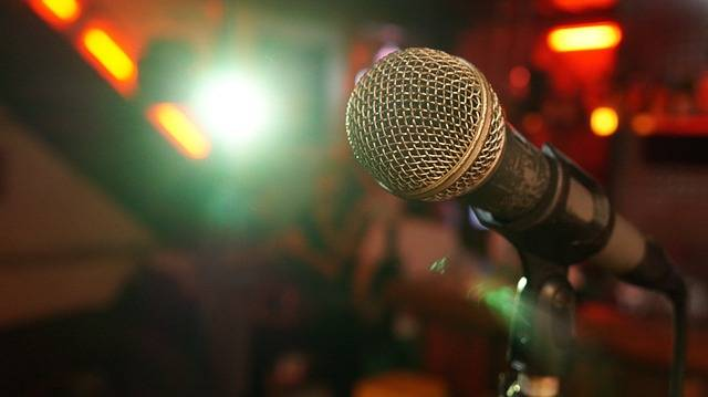 Microphone Stage Light - Free photo on Pixabay (651198)