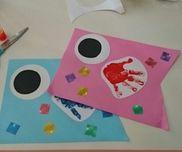 ○こいのぼり制作・0~2歳児・手形ぺったん・シールはり男の子と女の子で色を変えてます。