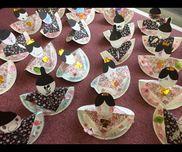 紙皿ひな人形二歳児紙皿、画用紙、おりがみ