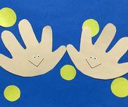 秋冬時期にぴったりの手あそび〜幼児さんが楽しめそうな手遊び5<ファイブ>〜