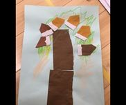 3歳児折り紙でどんぐり折り紙をまっすぐちぎって木を貼る