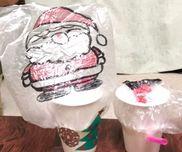 【サンタさんが紙コップからこんにちは】       紙コップ                きり       ビニール袋             セロハンテープ       ストロー                のり       折り紙                   ハサミ                                   油性マジック