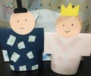 ○ひな祭り製作・5歳児・画用紙、ちよがみ・切り込みを入れて丸めて立体に