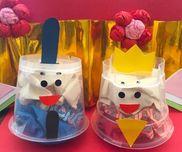 ぎゅぎゅっとひな人形〜プリンカップで楽しむひな祭り製作遊び〜