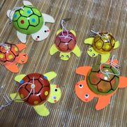 ガチャポンで亀魚釣りゲームで遊びますガチャポン空、フェルト、厚紙、シール