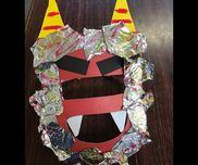 鬼のお面工作用紙画用紙(角、牙、眉)アルミホイルマジックマジックで色付けしたアルミホイルをお面に貼り付けると、ギラギラ鬼の出来上がり。