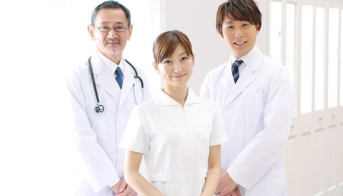 若手医師VSベテラン医師