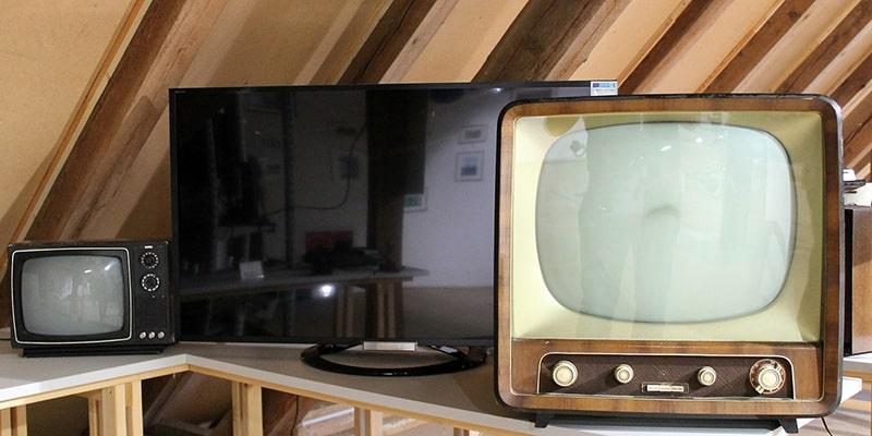 テレビは洗脳装置