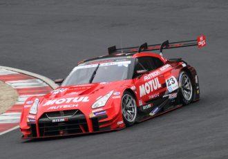 スーパーGT予選速報!GT500ポールポジションはZENT!GT-Rも二位に食い込んだ!?300は初音ミク!