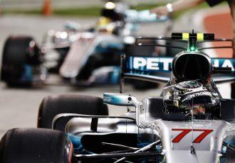 F1結果速報!バーレーンを制したのはベッテル!アロンソは残り2周で悔しいリタイア
