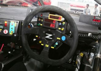 愛車に着けるならしっかり選びたい。スポーツカーにオススメのハンドル10選