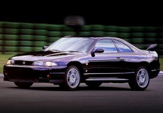 ファンの中でも意見が分かれる名車、R33スカイラインGT-Rの本当の魅力とは