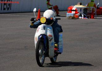 燃費はなんと3644km/L!究極の低燃費レース、ホンダエコマイレッジチャレンジとは