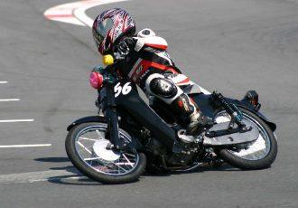 """日本一有名なバイク""""スーパーカブ""""を使用した参加型耐久レース、カブカップをご存知ですか?"""