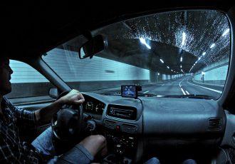 涼しくドライブを楽しみたい!真夏の運転を助けてくれるかもしれない冷却アイテム5選
