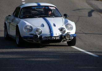 初代WRC王者よりフェラーリとのランデブーの方が有名!?ルノーアルピーヌA110とは