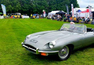 フェラーリが美しすぎると褒め称えた名車、ジャガーEタイプとは