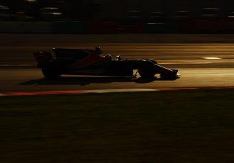 F1決勝速報!好調のハミルトンを止め、最後のセパンを制したのは20歳のあの人!