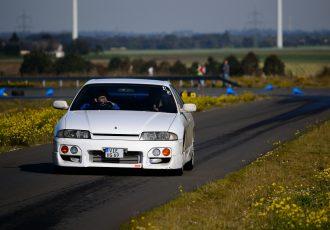 今や貴重な直6FRスポーツ!?GT-Rではない、日産R33スカイラインってどんなクルマ?