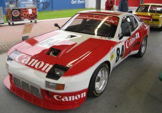 ポルシェが本気で手がけたFRスポーツ、924を再考する