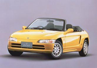 ギネス記録を持った軽自動車!!ホンダ・ビートはなぜこんなにも愛されたのか?