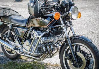 ピュアレーサーの血統!大迫力6気筒エンジン搭載のホンダCBX1000の魅力とは!?