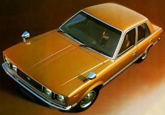 排ガス対策も万全!ハイパワー日本車黄金時代到来を見守った2代目トヨタ・カリーナ