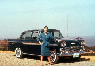 半世紀以上も昔に産声を上げた日本国民の至宝!戦後初の国産量販3ナンバー車、初代プリンス・グロリアとは?