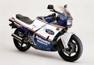 ホンダNS400Rと言えばバリ伝!?スペンサーとこのバイクに憧れたあの頃を振り返る!