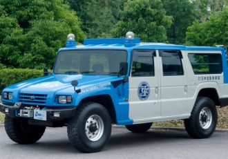 超規格外の国産最強4WD!災害現場でも大活躍のトヨタ・メガクルーザー