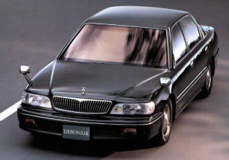 25万円から始める90年代の高級セダン。3代目三菱デボネアは巨大なボディとハイテクを楽しめる名車!