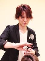 那知 丈人 Takehito Nachi