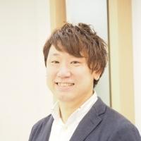 シニアデザイナー/掛川 勇人