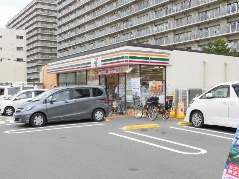 セブンイレブン大阪三国本町3丁目店