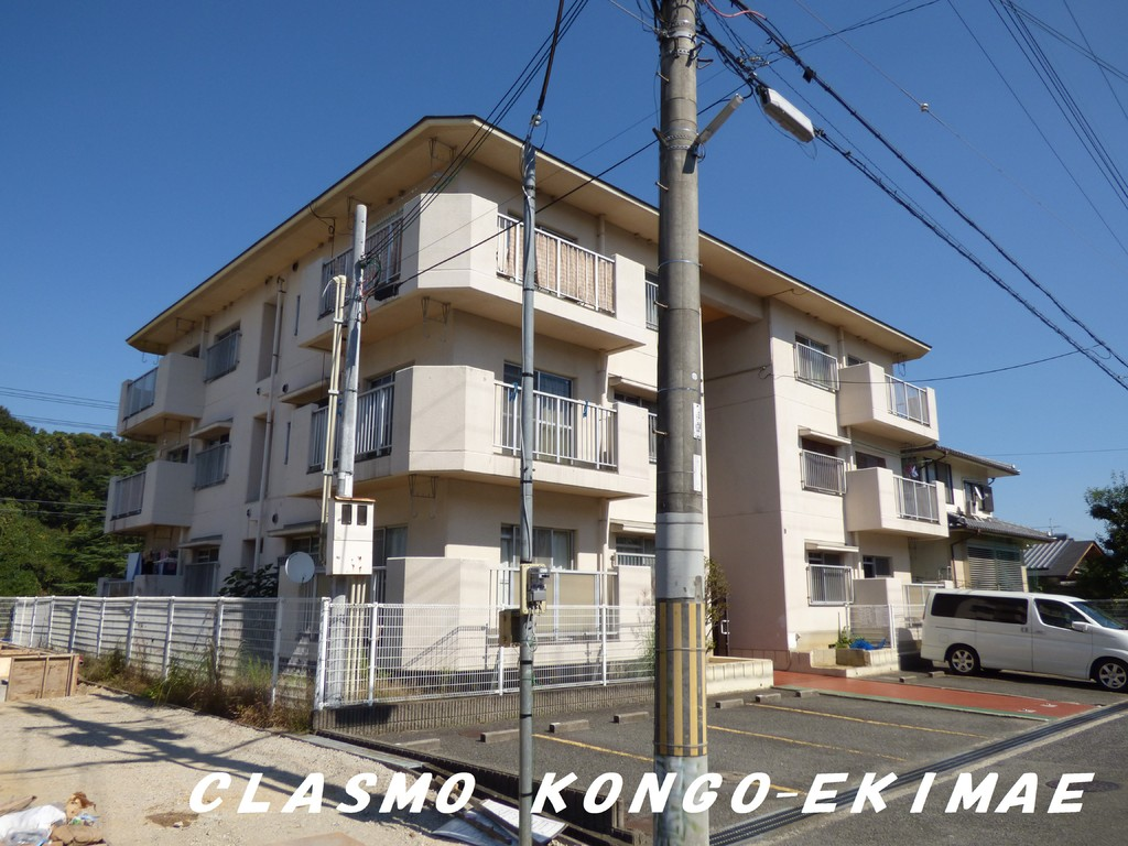 119652/閑静な住宅地内のマンションです。