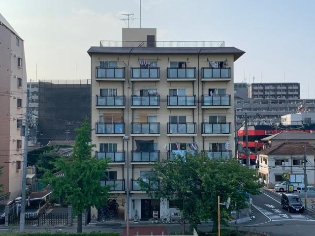 360203/6階建です☆