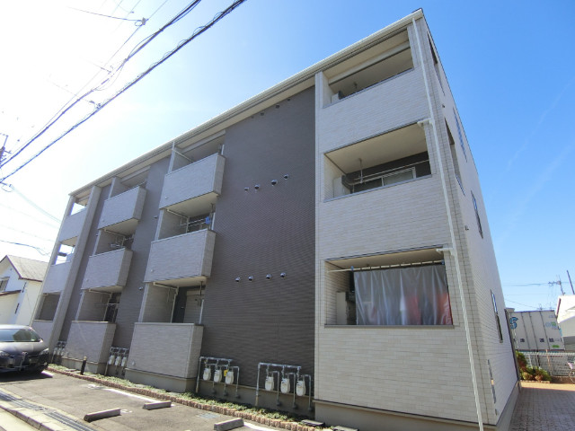 796352/建物外観