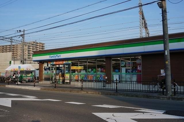ファミリーマート茨木三島中学校南店