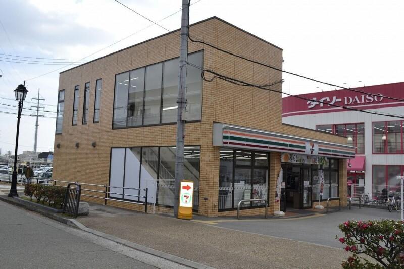 セブンイレブン宝塚小林5丁目店