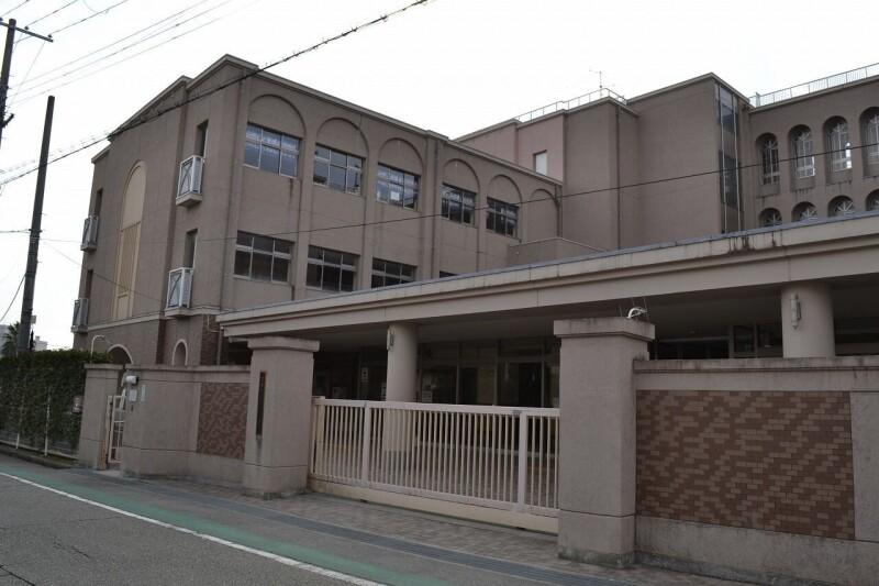 宝塚市立仁川小学校