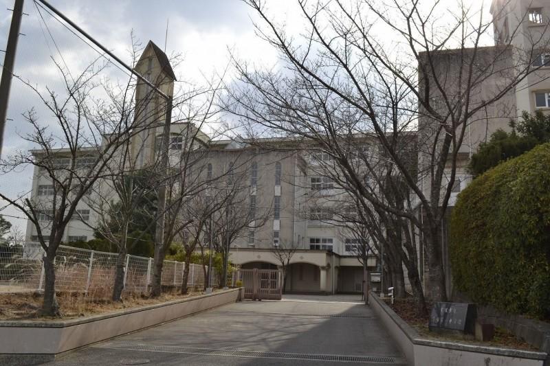 宝塚市立宝塚第一中学校