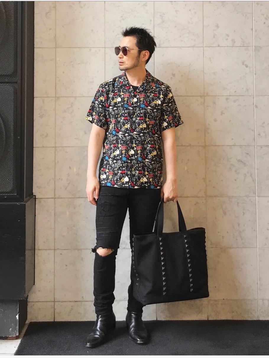 thee hysteric xxx  MUSIC pattern shirt