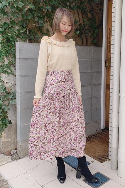 オリジナルプリントのスカート
