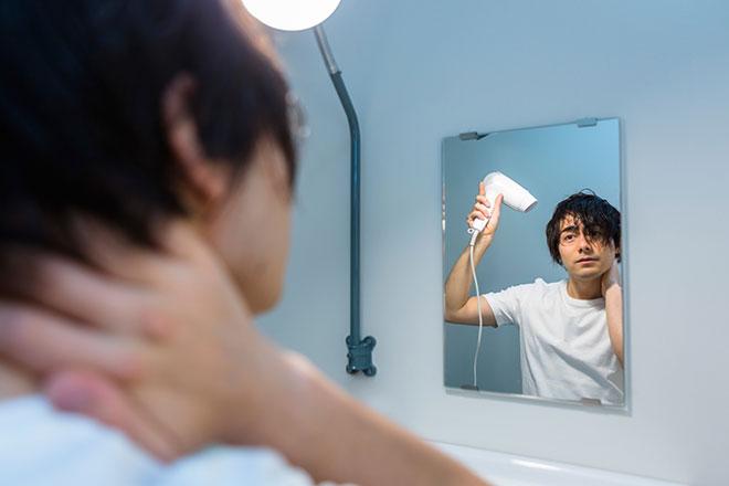 ドライヤーは○センチ離せ! 抜け毛を防ぐ「正しい髪の乾かし方」 アイキャッチ画像